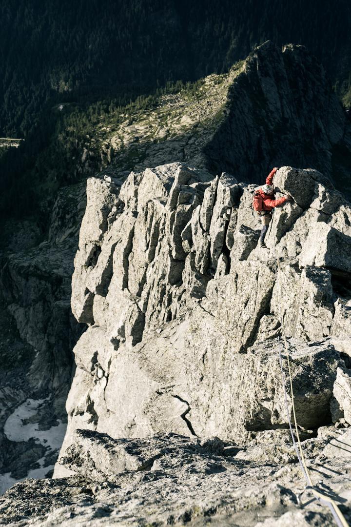 Climbing-red-2_blog